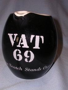 VAT 69 SCOTCH WHISKEY BLACK BAR WATER PITCHER