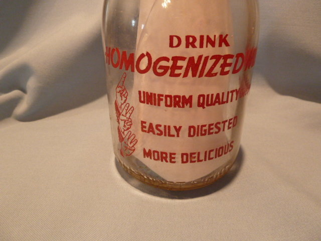 VINTAGE  QUALITY AND SERVICE DAIRY RED LION, PA   RED  PYRO ROUND QUART  BOTTLE