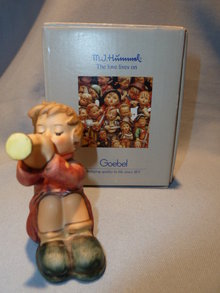 GOEBEL HUMMEL GIRL WITH TRUMPET #391 FIGURINE WITH BOX