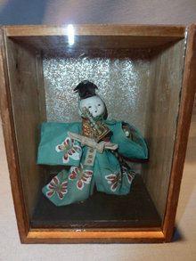 ANTIQUE JAPANESE DOLL WITH SWORD IN WOOD AND GLASS SHADOW BOX
