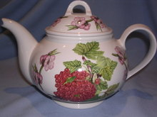 PORTMEIRION POMONA RED CURRANT LARGE TEAPOT TEA POT
