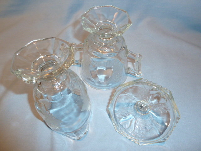 JEANNETTE CHINA CRYSTAL BALTIMORE PEAR CREAMER AND COVERED SUGAR SET