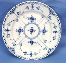 Royal Copenhagen BLUE FLUTED HALF LACE Salad Plate 573