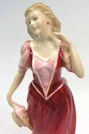 1995 Royal Doulton STROLLING Figurine HN 3755