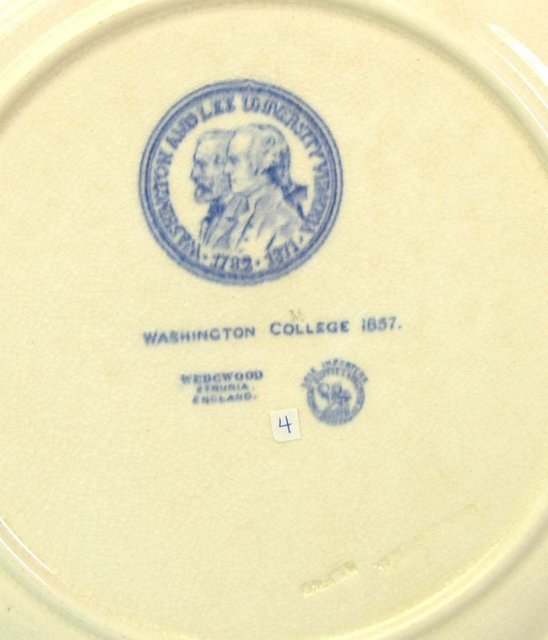 WASHINGTON & LEE WEDGWOOD Plate 1857 Campus