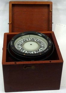 KELVIN WILFRID WHITE Box Ship Compass Nautical