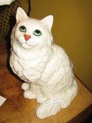 BESWICK CAT FIGURE