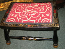 FOOTSTOOL BLACKLACQUER