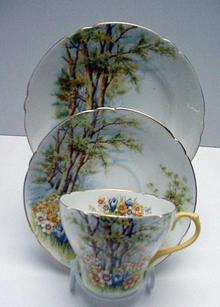 Shelley Bone China Daffodil Trio