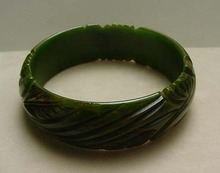 Bakelite Vintage Carved Green Bangle Bracelet