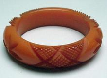 Bakelite Chunky Flower and Criss Croos Bangle