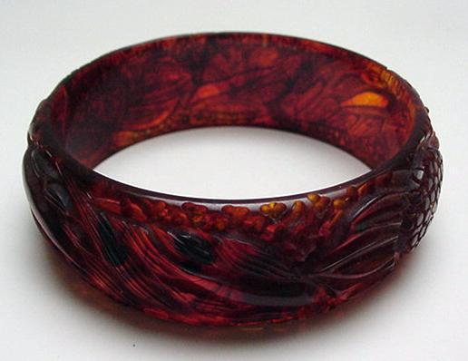 Bakelite Tortoiseshell Color Carved Bracelet