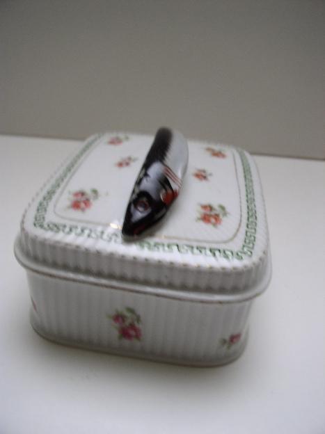 Victorian Porcelain Sardine Box