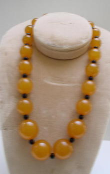 Bakelite Vintage Butterscotch and black Beaded