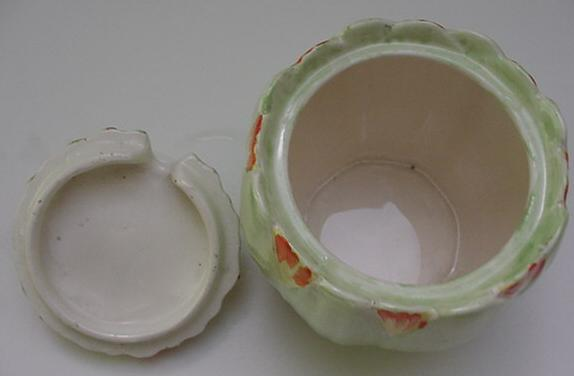 RWC:Royal Winton Lotus Green Preserve Pot