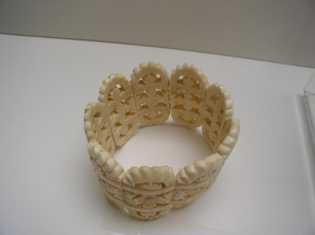 Vintage Bone Carved Stretch Bracelet