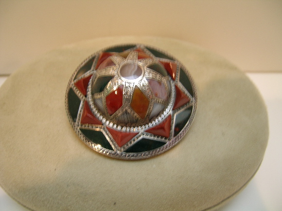 Victorian Scottish Agate Sterling Silver Brooch