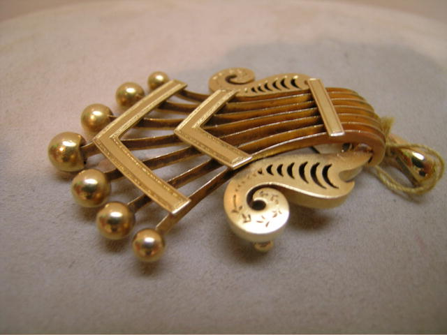 Victorian 18K Gold Brooch and Pendant