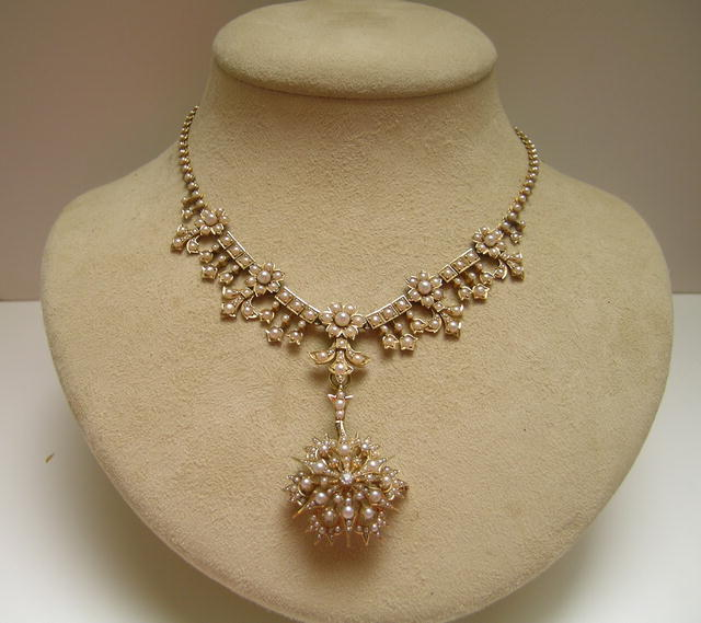 Victorian Pearl Necklace Suite