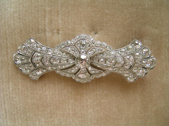 English Edwardian Diamond/platinum Brooch