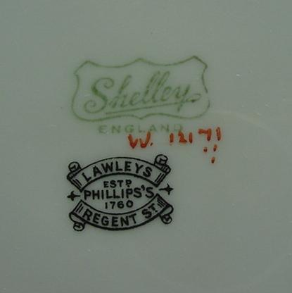 Shelley Regent Swirls Cake Plate