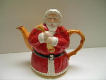 English Vintage Santa Claus Teapot