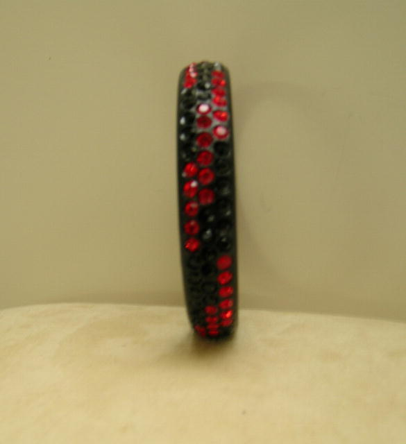 Celluloid vintage Black and Red /deco Bangle