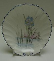 Shelley Oster Shell Plate : Floating Iris