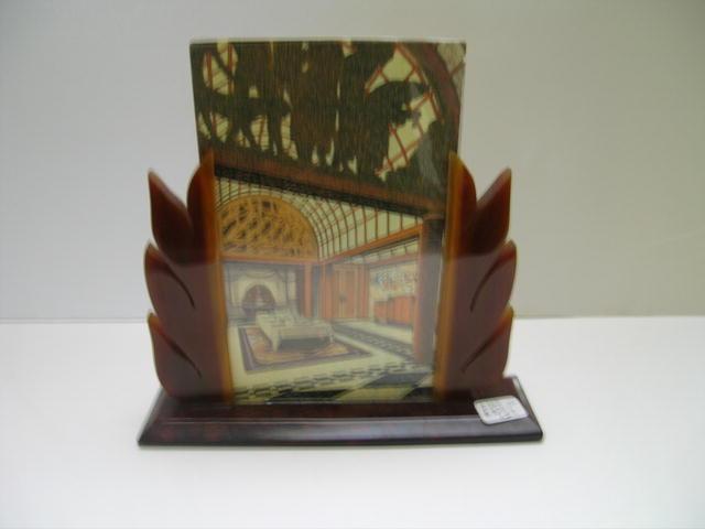 Bakelite Vintage Deco Frame