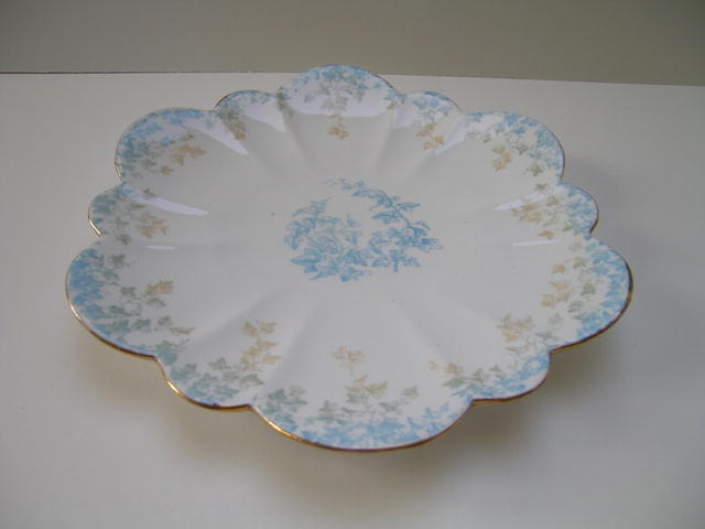 Wileman Bone China Empire  Ivy Cakeplate