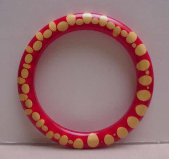Bakelite Vintage Red dot Injected Bangle