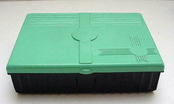Bakelite Greenand Black Rectangular Box