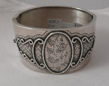 Victorian Silvre Wide Bangle
