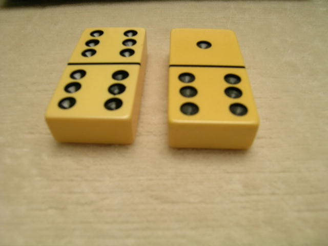 Vintage Bakelite Set of Dominoes -Original Box