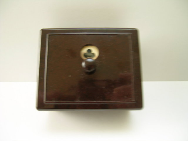 Bakelite Vintage Bridge Box with Trump Marker