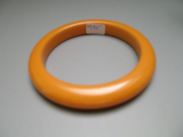 Bakelite Vintage Apricot Bangle