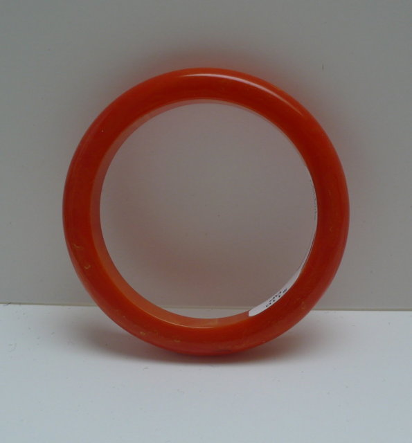 Bakelite Vintage Chunky Orange Bangle