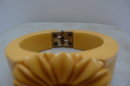 Bakelite Vintage Daisey Hinged Bangle