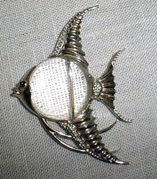 Costume Trifari Jelley Belly Fish Brooch