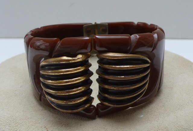 Bakelite & Metal Brown Hinged Bangle