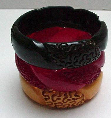 Bakelite Three Vintage Carved Bangles:Green-Red-Butterscotch