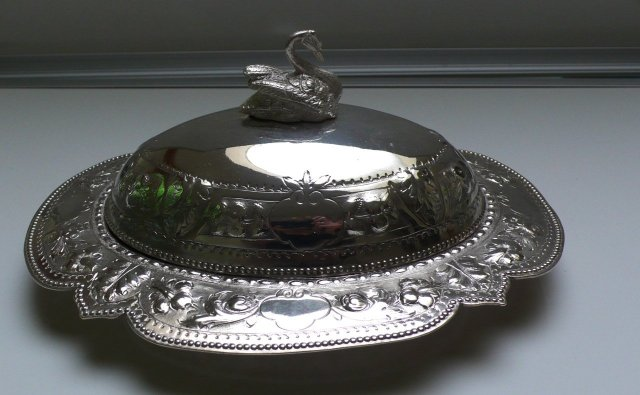 Victorian Silver Plate Oval Covered Dish/Swan Handle