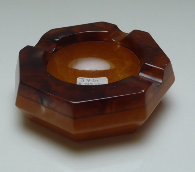 Bakelite Vintage Ashtray