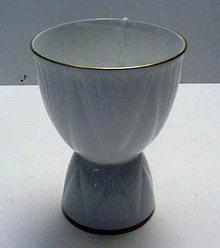 Shelley Dainty White Double Egg Cup