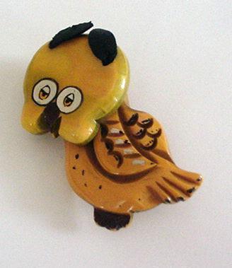 Bakelite Vintage Owl Brooch