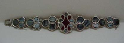 Victorian Scottish Agate Gray & Red Bracelet