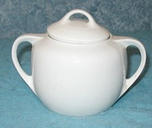 Sugar Bowl with Lid B2904