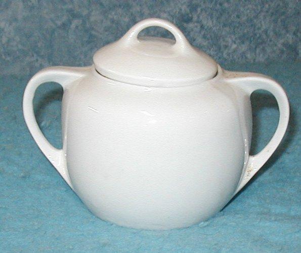 Sugar Bowl with Lid B2904