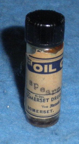 Bottle Oil of Spearmint