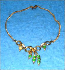 Necklace with Green Sets